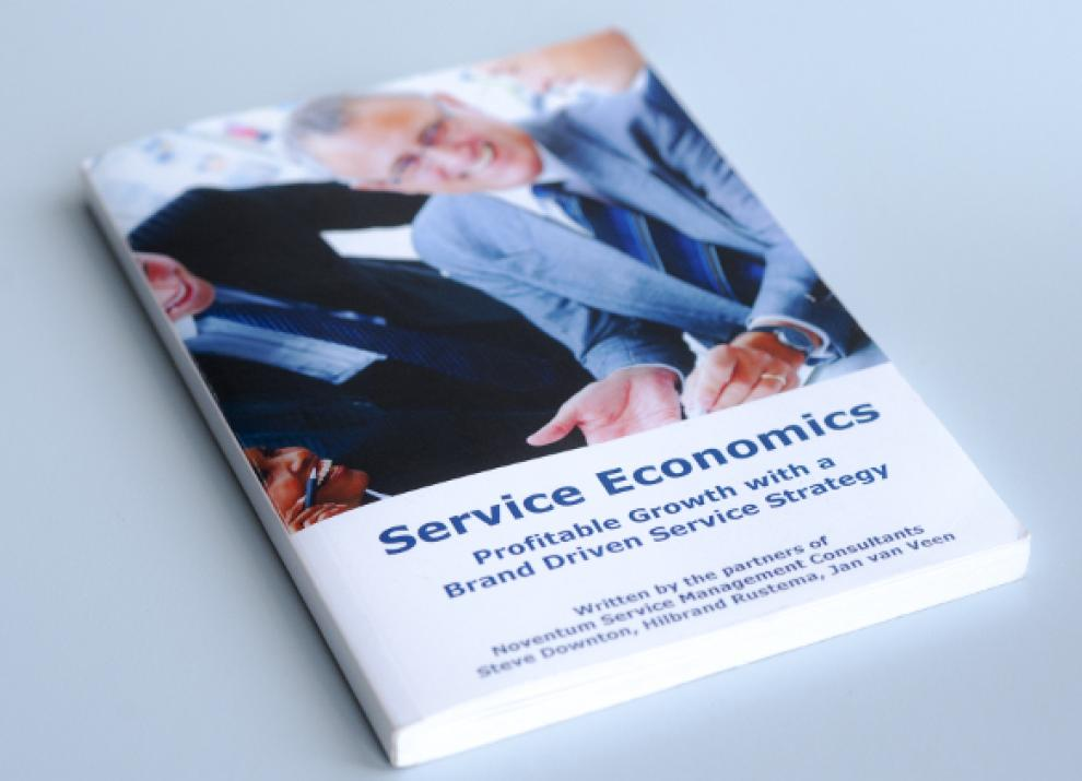 Service Economics: Profitable growth with a brand driven service strategy [Paperback]